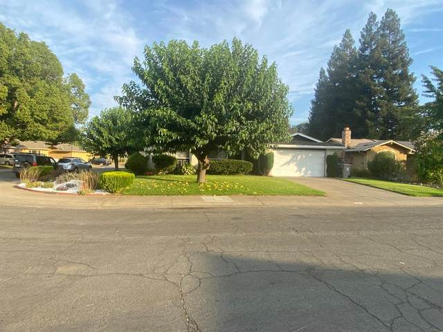 40 Grand Rio Circle, Sacramento, CA 95826 (MLS #221093571) :: REMAX Executive