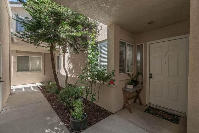 5881 Gloria Drive #7, Sacramento, CA 95822 (MLS #221093978) :: The Merlino Home Team