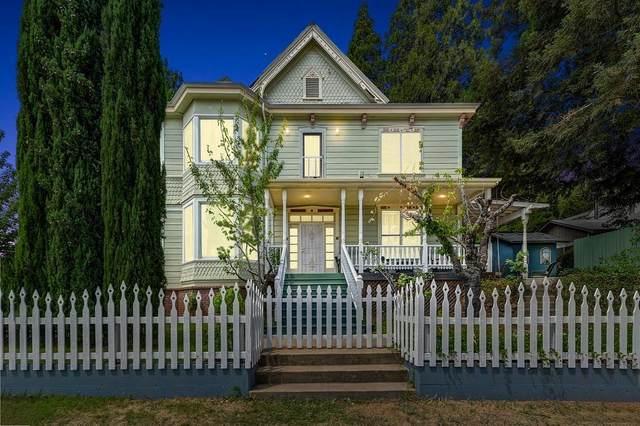 102 Pleasant Street, Colfax, CA 95713 (MLS #221094583) :: eXp Realty of California Inc