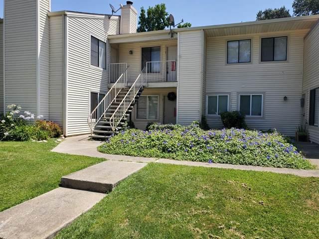 2524 Winchester, Lodi, CA 95240 (MLS #221094620) :: Deb Brittan Team