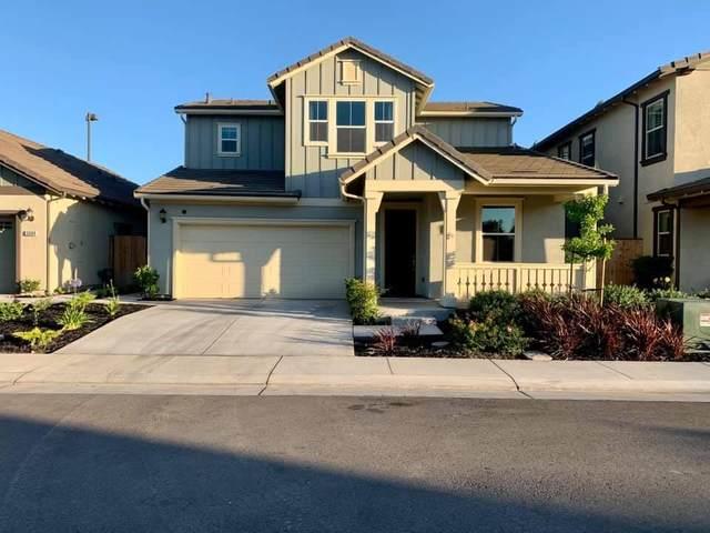 2506 Chardonnay Lane, Lodi, CA 95242 (MLS #221094951) :: The Merlino Home Team