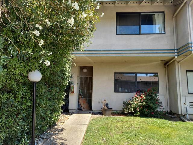 5111 Griffin Oaks Lane, Sacramento, CA 95841 (MLS #221094972) :: The Merlino Home Team