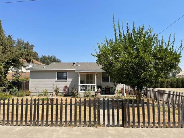 945 6th Street, Woodland, CA 95695 (MLS #221098714) :: DC & Associates