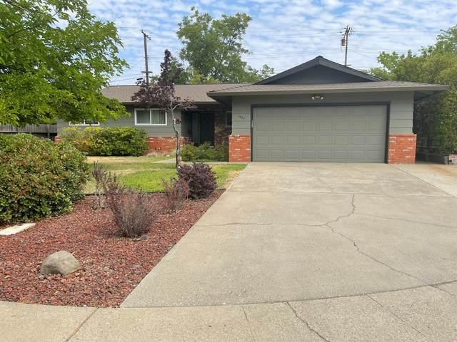 1803 Tanglewood Lane, Roseville, CA 95661 (MLS #221103198) :: Dominic Brandon and Team