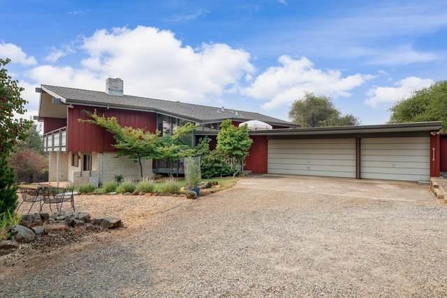 3570 Vista Grande Drive, Shingle Springs, CA 95682 (MLS #221103280) :: The Merlino Home Team