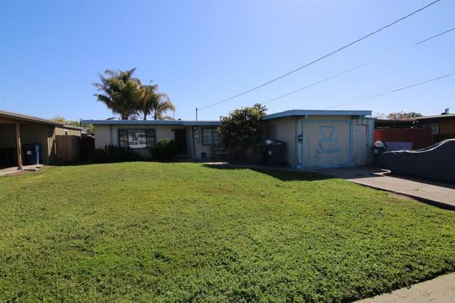 11 Shady Oaks Drive, Watsonville, CA 95076 (MLS #221105438) :: Heather Barrios