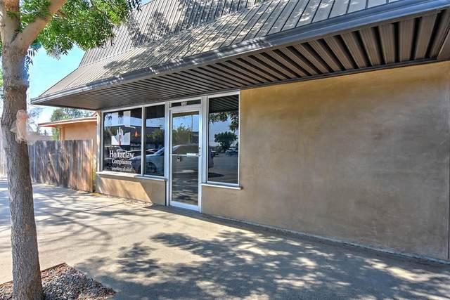 7135 Hughson Avenue, Hughson, CA 95326 (MLS #221112227) :: Heather Barrios