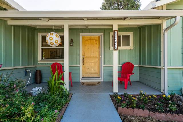 10536 Dolores Drive, Grass Valley, CA 95945 (MLS #221116151) :: Heather Barrios