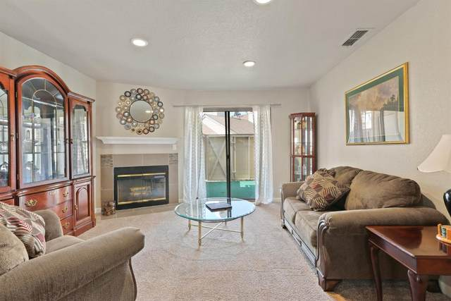 5647 Walnut Avenue #45, Orangevale, CA 95662 (MLS #221118672) :: Keller Williams - The Rachel Adams Lee Group