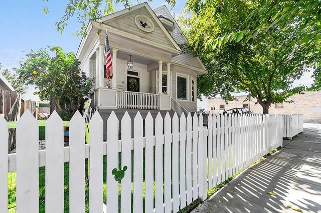 54 E 8th Street, Tracy, CA 95376 (MLS #221119217) :: Heather Barrios