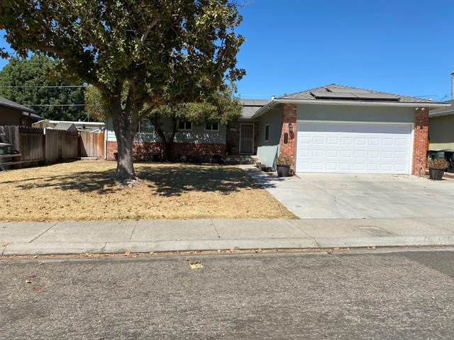 975 Terrace Drive, Oakdale, CA 95361 (MLS #221119775) :: The MacDonald Group at PMZ Real Estate