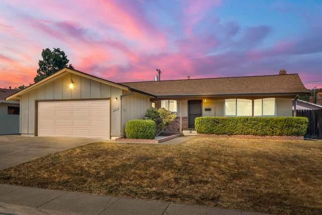 3312 S Port, Sacramento, CA 95826 (MLS #221123066) :: The MacDonald Group at PMZ Real Estate