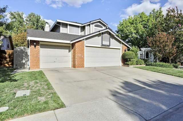 9217 Pelham Way, Elk Grove, CA 95624 (MLS #221126702) :: DC & Associates