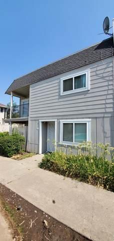 7032 Fair Oaks Boulevard #15, Carmichael, CA 95608 (MLS #221127871) :: Keller Williams Realty