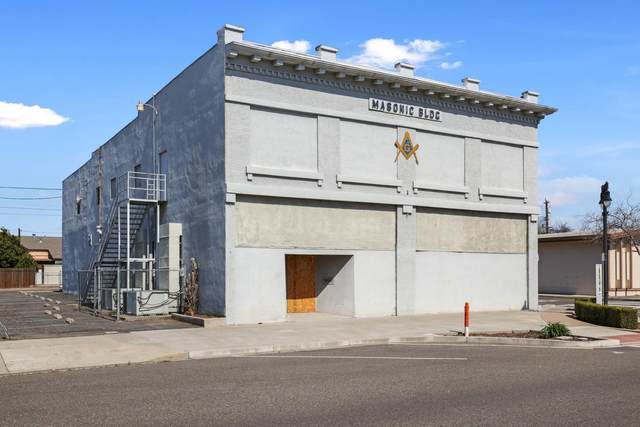 6701 2nd Street, Riverbank, CA 95367 (MLS #221127978) :: DC & Associates
