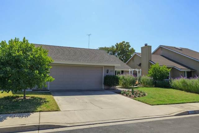 1977 Sugar Pine, Oakdale, CA 95361 (MLS #221128532) :: Keller Williams Realty