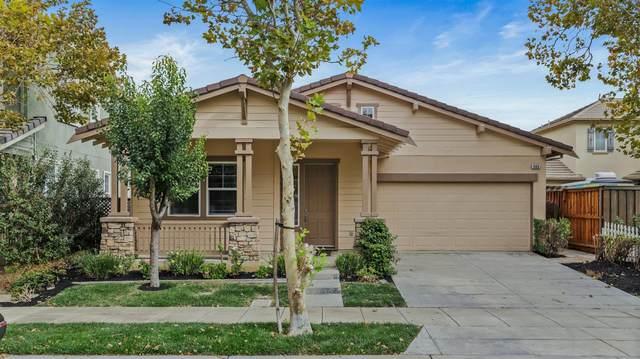 466 S Providence Street, Mountain House, CA 95391 (MLS #221130192) :: DC & Associates