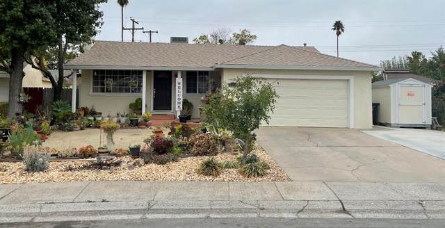7452 S Stella Way, Sacramento, CA 95822 (MLS #221133717) :: Keller Williams Realty