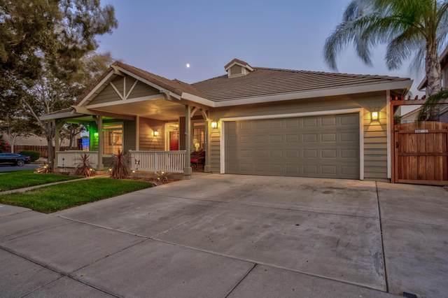 1849 De Anza Way, Los Banos, CA 93635 (MLS #221133930) :: The MacDonald Group at PMZ Real Estate