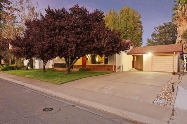 324 Maple Avenue, Ripon, CA 95366 (MLS #221134201) :: Heather Barrios