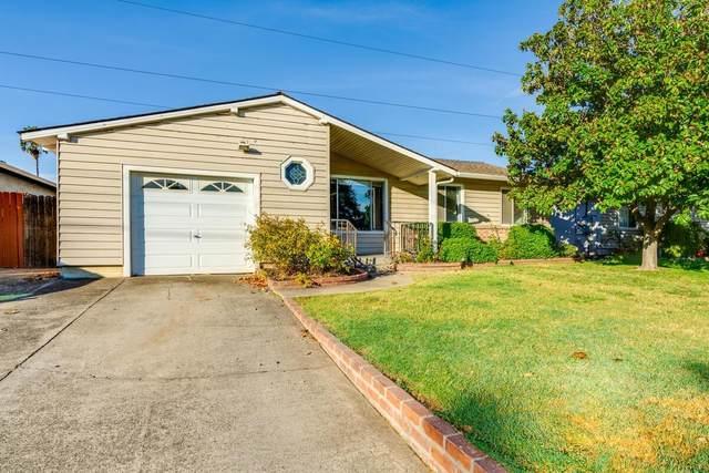 2017 Middleberry Road, Sacramento, CA 95815 (MLS #221134386) :: The Merlino Home Team