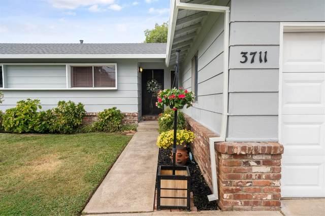3711 California Avenue, Carmichael, CA 95608 (MLS #221134621) :: Keller Williams Realty