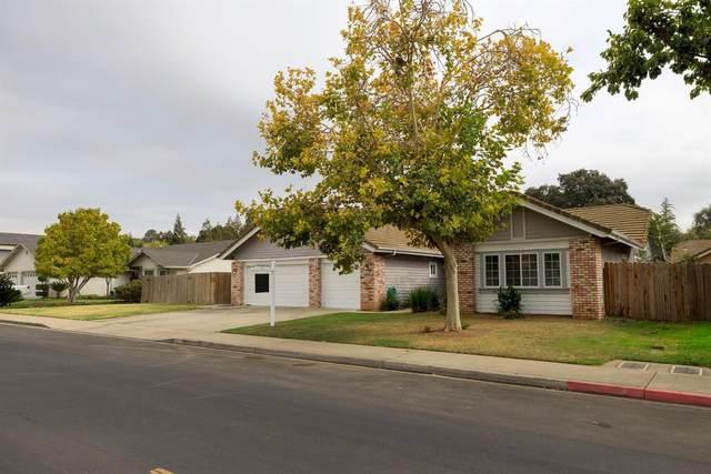 1085 River Avenue, Oakdale, CA 95361 (MLS #221135022) :: Heather Barrios