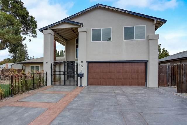742 W Cross Street, Woodland, CA 95695 (MLS #221135408) :: Heidi Phong Real Estate Team