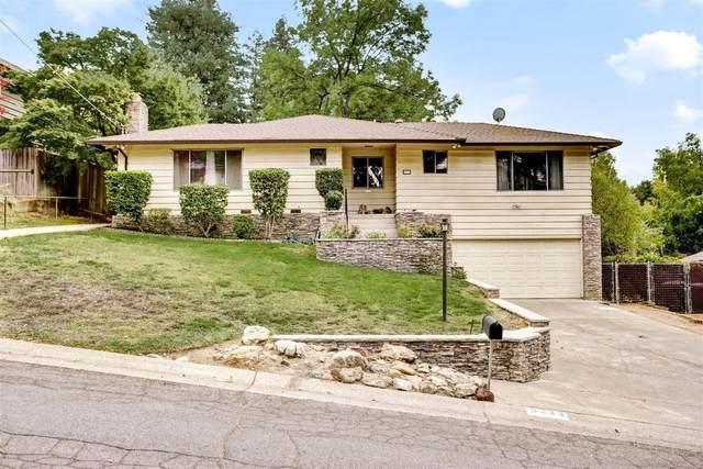 8332 Willowdale Way, Fair Oaks, CA 95628 (MLS #221135827) :: The Merlino Home Team