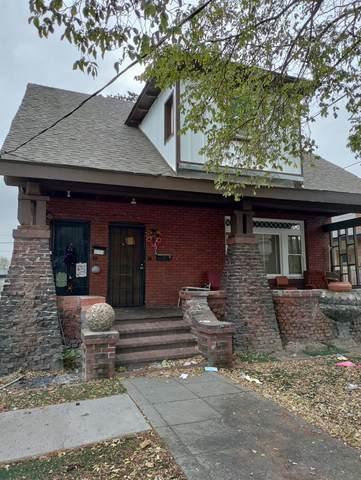 321 N Sierra Nevada Street, Stockton, CA 95205 (MLS #221136142) :: Heidi Phong Real Estate Team