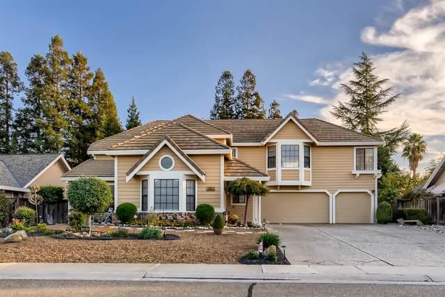 4964 Valley Willow Way, Elk Grove, CA 95758 (MLS #221136580) :: Keller Williams Realty