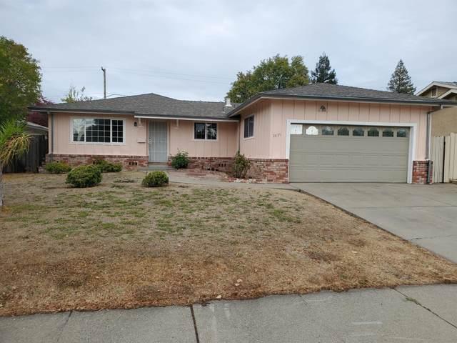 2839 67th Avenue, Sacramento, CA 95822 (MLS #221136634) :: DC & Associates