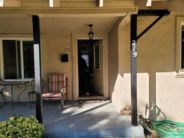 219 James Street, Modesto, CA 95354 (MLS #221136660) :: Heather Barrios