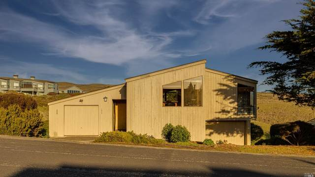 1933 Sea Way, Bodega Bay, CA 94923 (#321000511) :: The Lucas Group