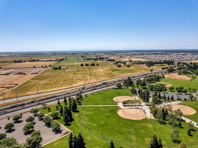 10176 W Stockton Boulevard, Elk Grove, CA 95757 (MLS #18020530) :: Live Play Real Estate | Sacramento
