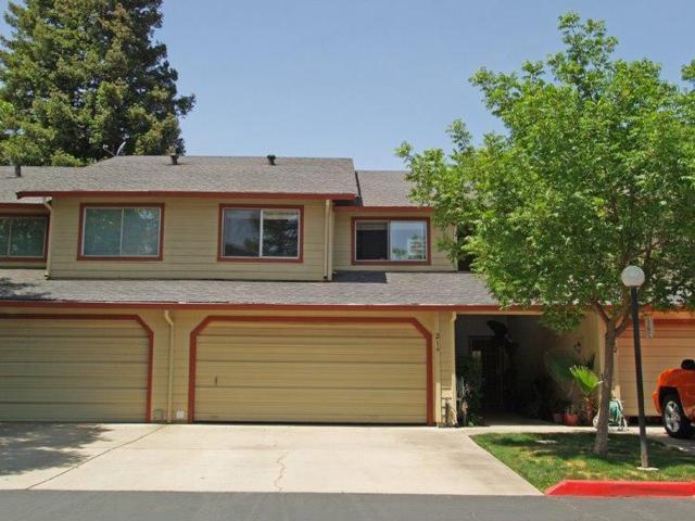 214 Tiffany Circle, Ripon, CA 95366 (MLS #18030331) :: The Merlino Home Team
