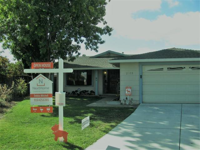 2573 Loomis Drive, San Jose, CA 95121 (MLS #18068737) :: The Del Real Group