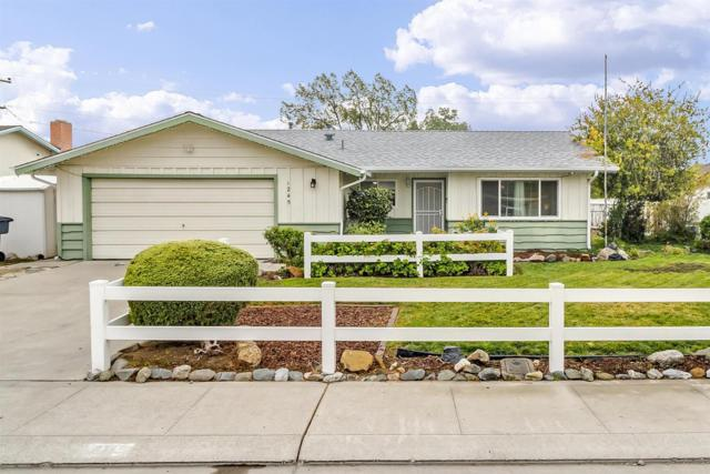 1245 Audrey Drive, Tracy, CA 95376 (MLS #18081424) :: The Del Real Group