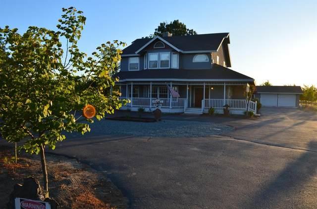5415 N Sperry Road, Denair, CA 95316 (MLS #20007981) :: The Merlino Home Team