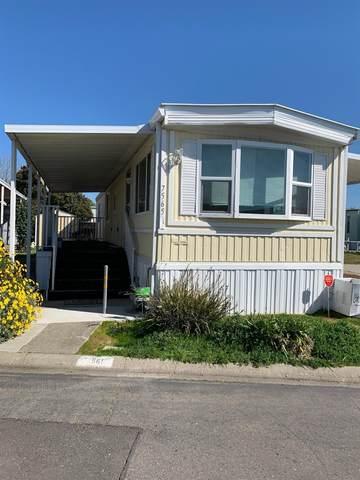 7565 Huckleberry Lane #56, Sacramento, CA 95828 (MLS #20015643) :: Keller Williams - The Rachel Adams Lee Group