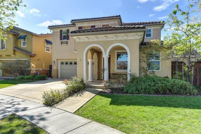 2662 Holland Way, Woodland, CA 95776 (MLS #20019067) :: The MacDonald Group at PMZ Real Estate