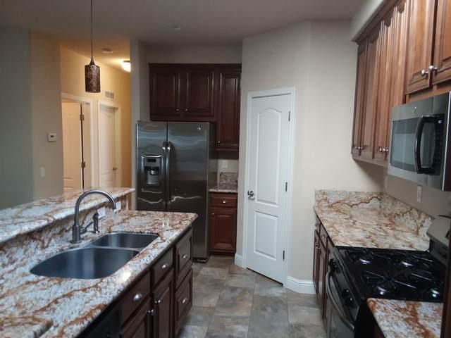31 Village Green Drive #31, Sacramento, CA 95838 (MLS #20025598) :: Keller Williams Realty