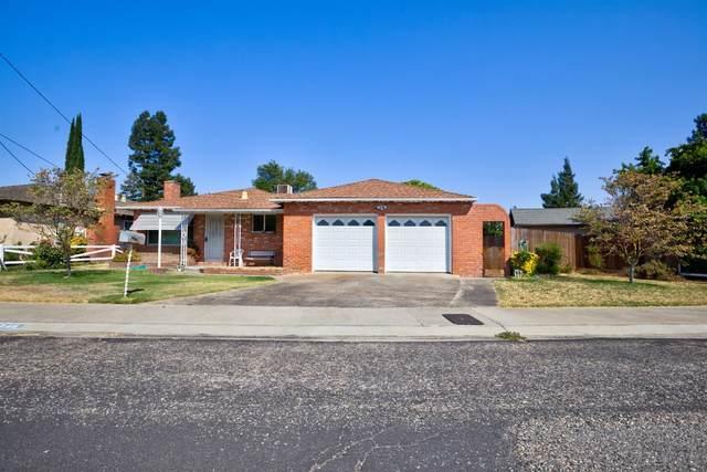 944 Terrace Drive, Oakdale, CA 95361 (MLS #20042816) :: The MacDonald Group at PMZ Real Estate