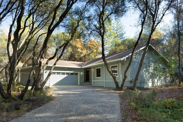 17827 Oriole Court, Penn Valley, CA 95946 (MLS #20068849) :: The MacDonald Group at PMZ Real Estate