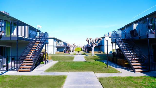 1548 Canal Farm Lane, Los Banos, CA 93635 (#221000053) :: Jimmy Castro Real Estate Group