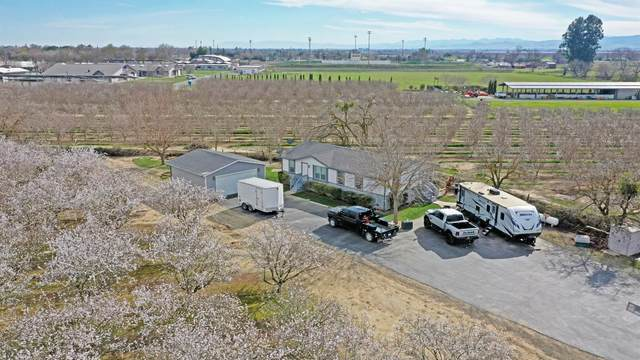 550 Jensen Road, Newman, CA 95360 (MLS #221003552) :: eXp Realty of California Inc