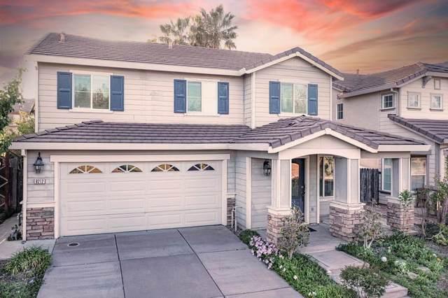 9212 Sierra River Dr, Elk Grove, CA 95624 (MLS #221032582) :: The Merlino Home Team