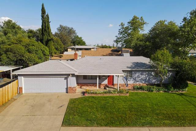 817 Oakland Ave, Roseville, CA 95678 (MLS #221034307) :: The Merlino Home Team
