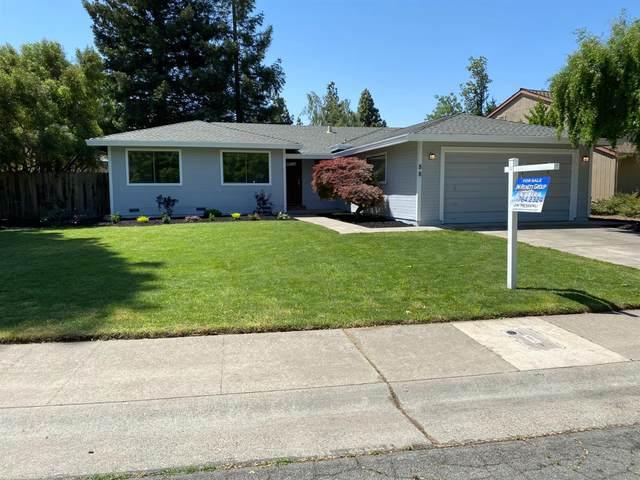 88 Hidden Lake Circle, Sacramento, CA 95831 (MLS #221036260) :: The Merlino Home Team