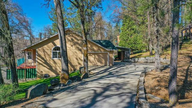 5717 Swiss Ranch Road, Mountain Ranch, CA 95246 (#221037143) :: The Lucas Group